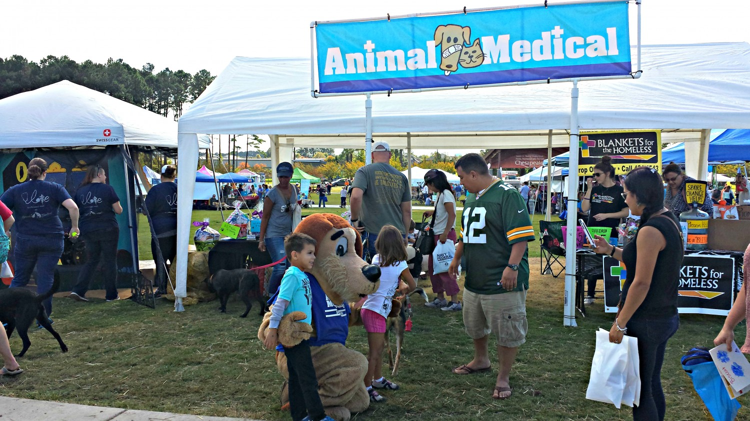Fun at Chesapeake's Bark in the Park Animal Medical of Chesapeake 23320